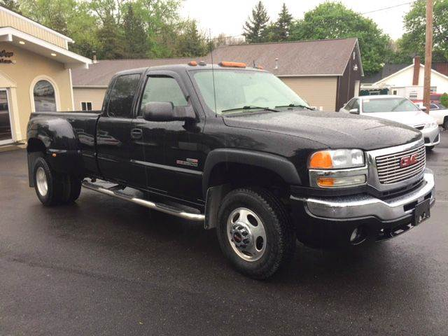 2005 GMC Sierra 3500 SLT 4dr Extended Cab 4WD LB DRW - Butler PA