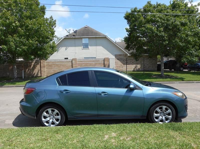 2010 Mazda MAZDA3 i Sport 4dr Sedan 5M - Houston TX