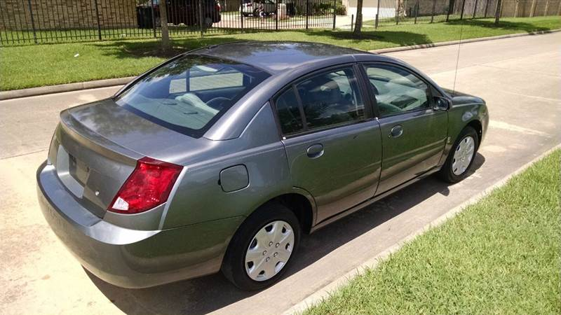2006 Saturn Ion 2 4dr Sedan w/Automatic - Houston TX