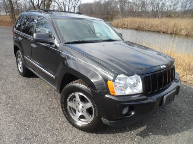 2005 Jeep Grand Cherokee Rocky Mountain Edition 4WD - South Plainfield NJ