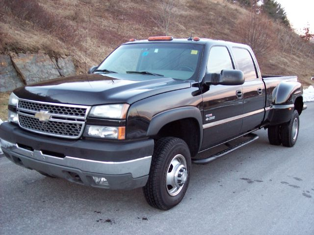 2005 Chevrolet Silverado 3500 Lt 4dr Crew Cab 4wd Lb Drw For Sale In Derry Plaistow Manchester