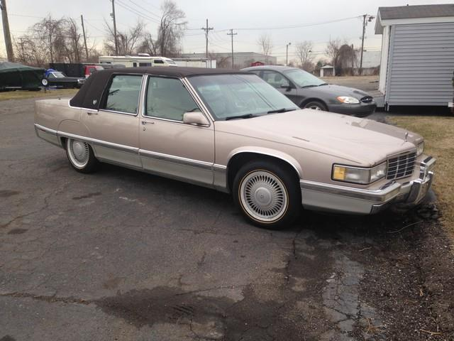 1991 cadillac fleetwood for sale in taylor mi for Paramount motors taylor mi