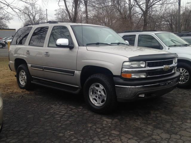 2005 CHEVROLET TAHOE FLEET 4WD 4DR SUV tan 4x4 cloth interior all power v8 call now for fast