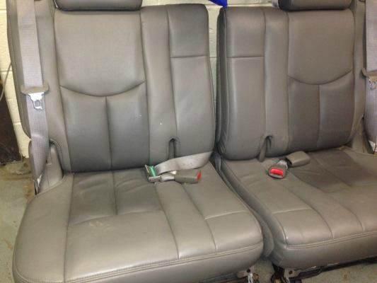 2004 Third Row leather seat Suburban/yukon