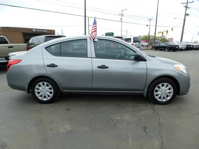 2014 nissan versa 1 6 s plus 4dr sedan in nashville tn. Black Bedroom Furniture Sets. Home Design Ideas