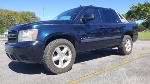 2008 Chevrolet Avalanche for sale in Miami, FL