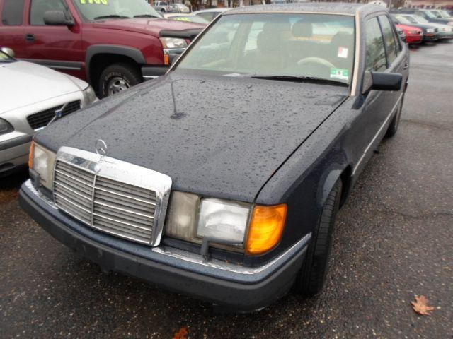 1990 Mercedes-Benz 300
