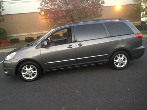 2005 Toyota Sienna for sale in Port Monmouth, NJ