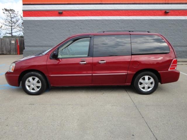 2005 Mercury Monterey Van 2005 Mercury Monterey Luxury