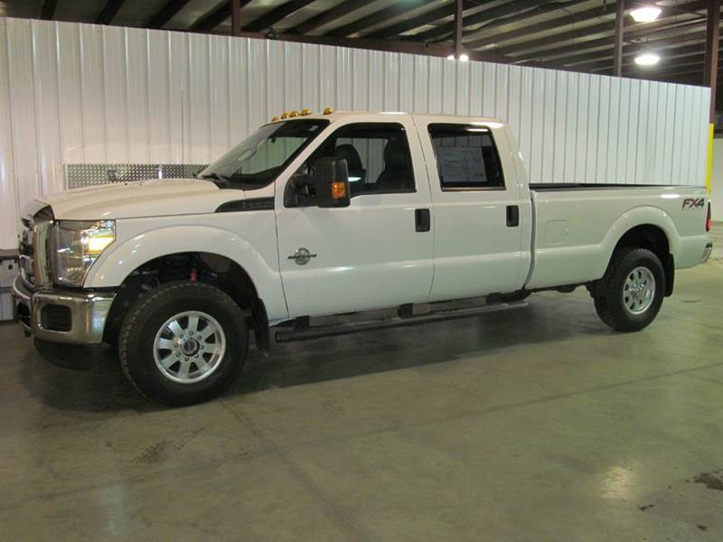 2013 Ford Super Duty F 350 Drw Xlt Texas Edition Crew Cab 4x4 Fx4 Male Models Picture
