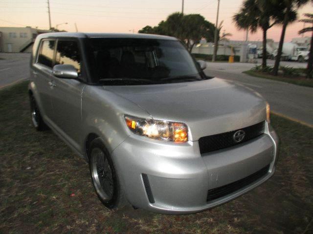 2009 Scion xB