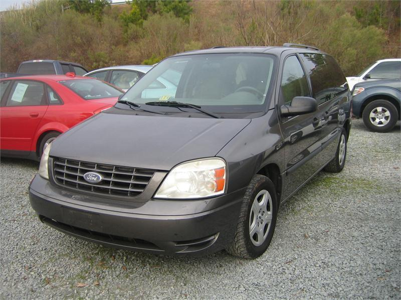 2005 Ford Freestar SE 4dr Mini Van - Selma NC