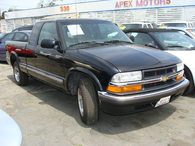 2000 CHEVROLET S10 LS EXT CAB 2WD black clean title and vehicle history reports vortec engine s