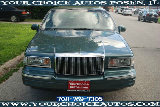 1996 Lincoln Town Car for sale in Posen IL
