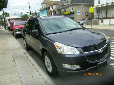2009 Chevrolet Traverse for sale in Staten Island, NY