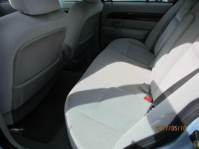 2004 Mercury Grand Marquis GS 4dr Sedan - Montgomery NY