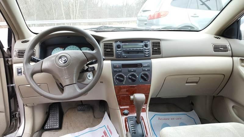 2003 Toyota Corolla LE 4dr Sedan - Montgomery NY