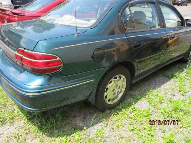 1999 Oldsmobile Cutlass GL 4dr Sedan - Montgomery NY