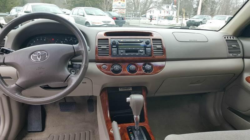 2004 Toyota Camry LE 4dr Sedan - Montgomery NY