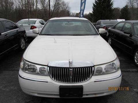 2002 Lincoln Town Car Signature 4dr Sedan In Montgomery Ny Mid