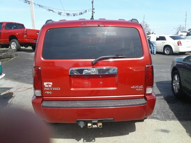 2008 Dodge Nitro R/T 4WD 4dr SUV - St. Charles MO