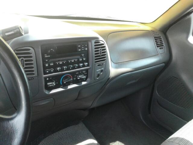 2003 Ford F-150 2dr Regular Cab XLT Rwd Flareside SB - St. Charles MO