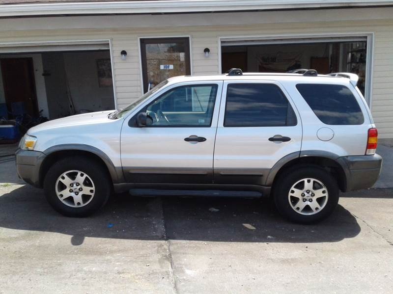 2005 Ford Escape XLT 4dr SUV - St. Charles MO