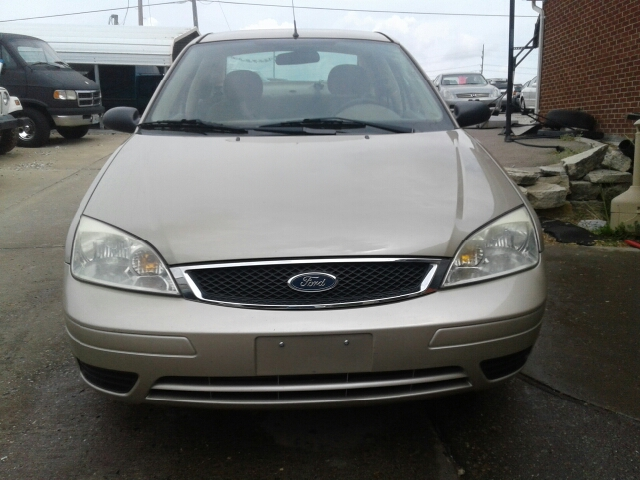 2007 Ford Focus ZX4 SE 4dr Sedan - St. Charles MO