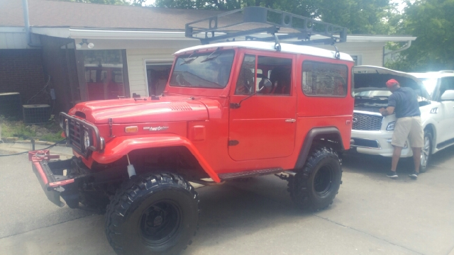 1974 Toyota Land Cruiser 4x4 lifted - St. Charles MO
