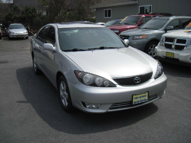 2006 toyota camry for sale in kingston ny. Black Bedroom Furniture Sets. Home Design Ideas