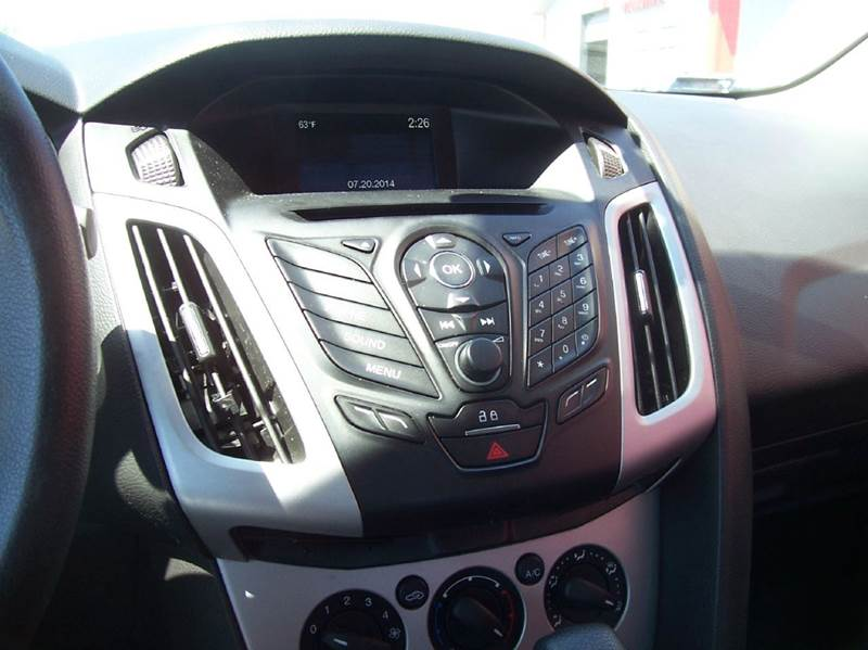 2014 Ford Focus SE 4dr Sedan - New Lenox IL