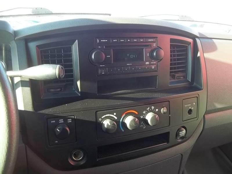 2007 Dodge Ram Pickup 1500 ST 2dr Regular Cab 4x4 SB - New Lenox IL