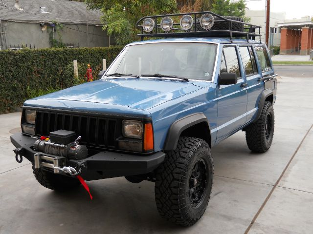 used 1987 jeep cherokee for sale. Black Bedroom Furniture Sets. Home Design Ideas