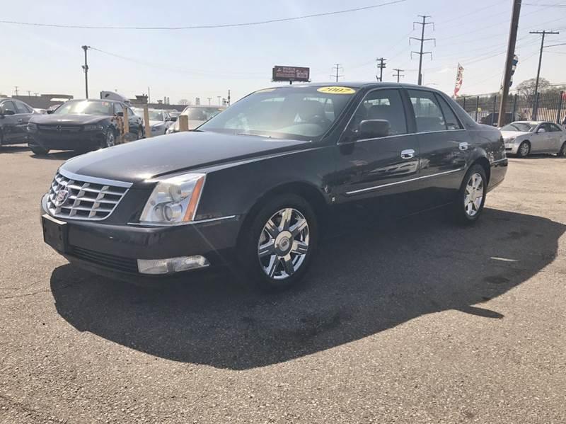 2007 Cadillac Dts  Miles 122328Color Black Stock 533F VIN 1G6KD57YX7U232102