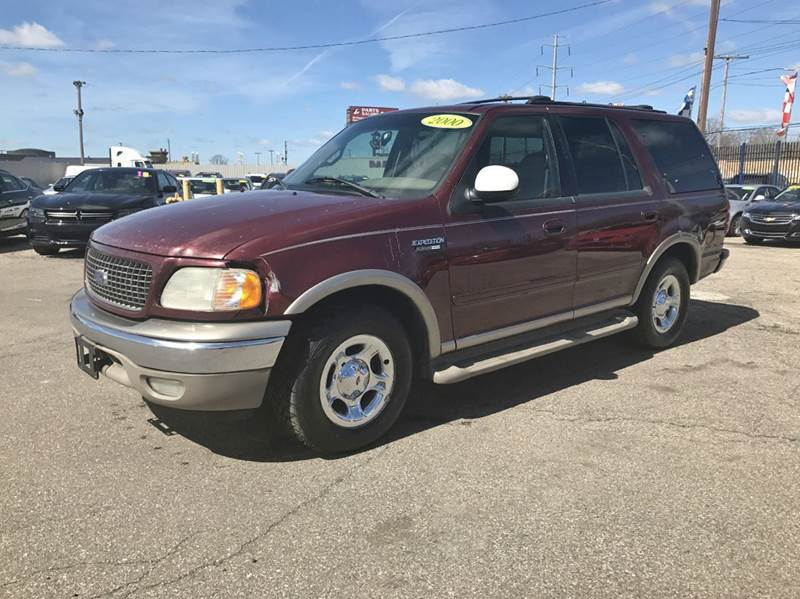 2000 Ford Expedition  Miles 0Color Red Stock 531F VIN 1FMRU17L2YLA96530