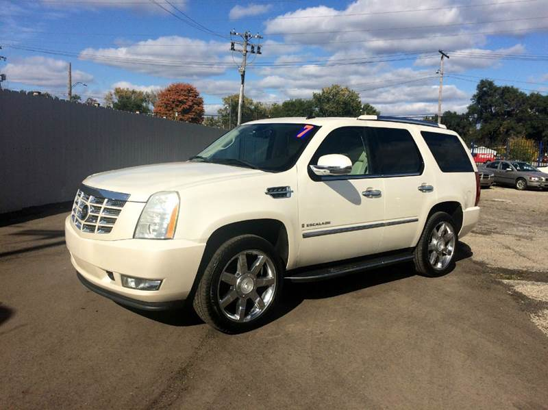 2007 Cadillac Escalade  Miles 119363Color White Stock 463F VIN 1GYFK63837R164433