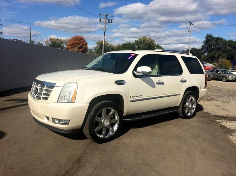 2007 Cadillac Escalade  Miles 119363Color White Stock 463F VIN 1GYFK63837R164433