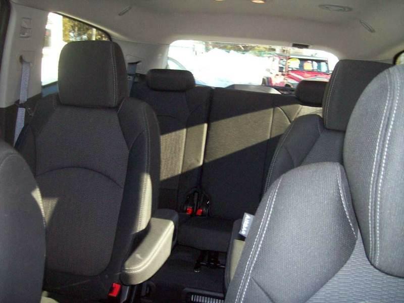 2013 Chevrolet Traverse AWD LT 4dr SUV w/1LT - Lewiston ME