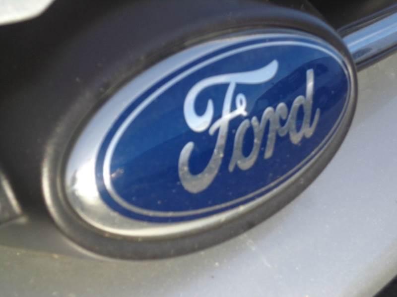 2012 Ford Focus SE 4dr Sedan - Carlisle PA