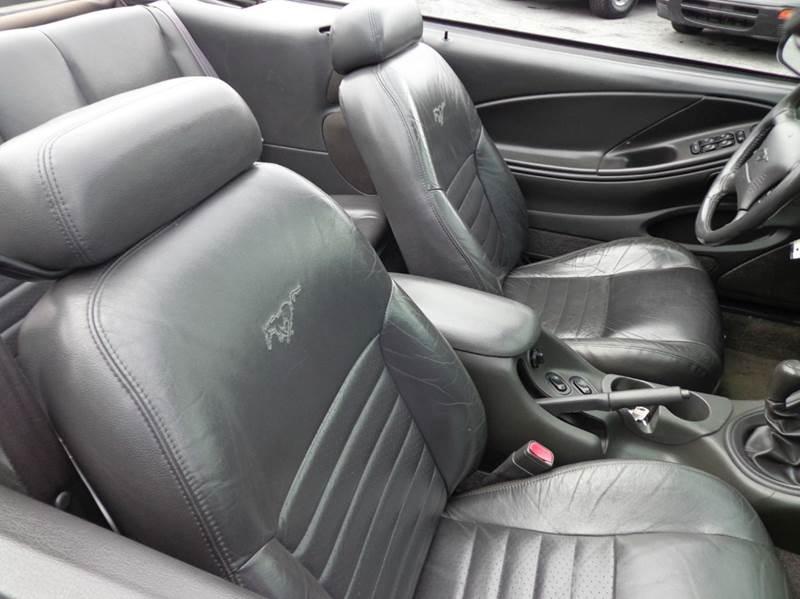 2000 Ford Mustang GT 2dr Convertible - Carlisle PA