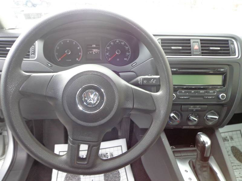 2011 Volkswagen Jetta SE PZEV 4dr Sedan 6A - Carlisle PA