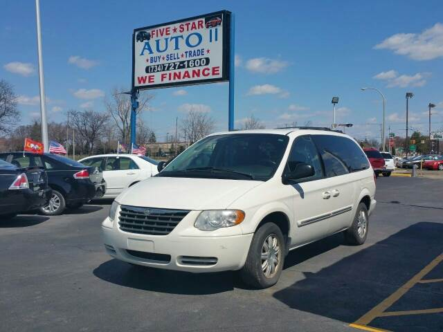 2006 chrysler town and country touring power doors tv dvd. Black Bedroom Furniture Sets. Home Design Ideas