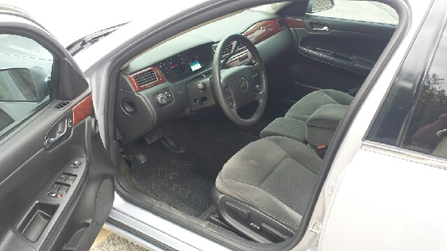 2006 Chevrolet Impala Unmarked Police 4dr Sedan - Saint Louis MO