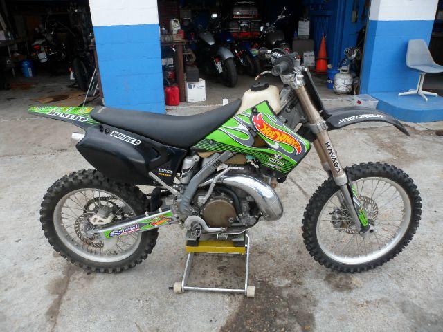 2001 kawasake dirtbike