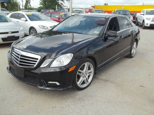 used 2011 mercedes benz e class e350 luxury 4dr in arlington tx at the kar store buy here pay. Black Bedroom Furniture Sets. Home Design Ideas