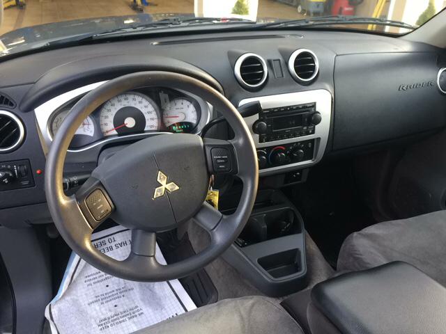 2007 Mitsubishi Raider LS 4dr Double Cab 4WD SB 4A - Ludlow MA