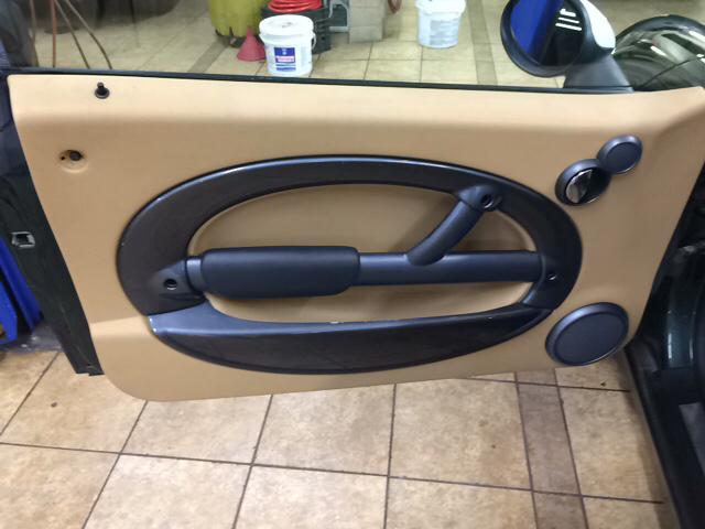 2004 MINI Cooper Base 2dr Hatchback - Ludlow MA