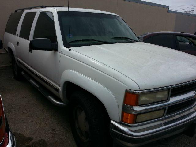 Used 2013 chevrolet suburban for sale in san antonio tx for Cecil motors fredericksburg texas