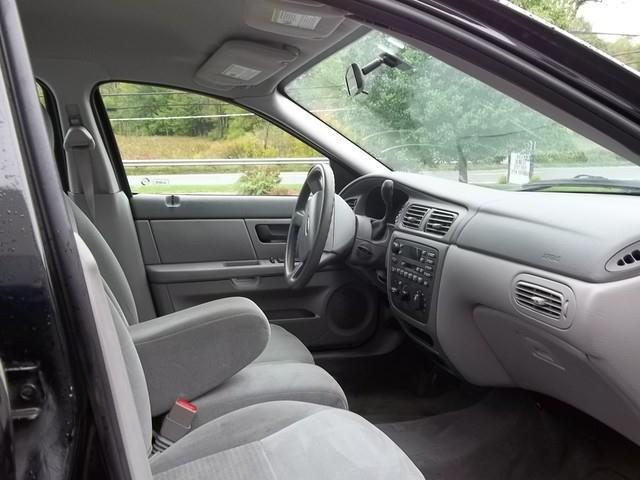 2004 Ford Taurus SE - Phillipston MA