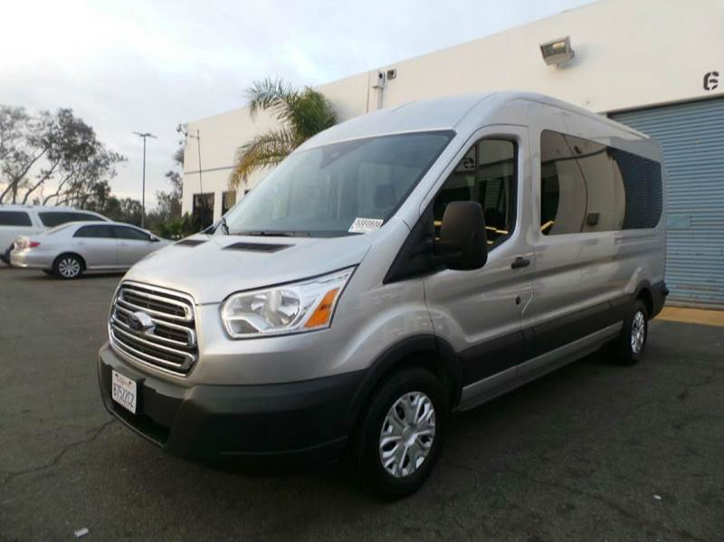 2016 ford transit wagon 350 xlt 3dr lwb medium roof. Black Bedroom Furniture Sets. Home Design Ideas